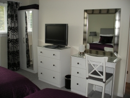 En-suite guest rooms with free WiFi